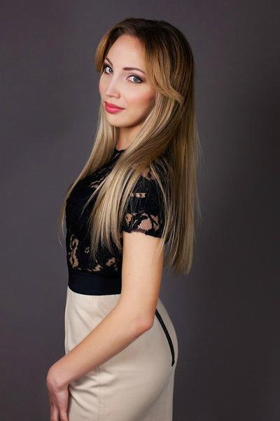 Аня Давыдова