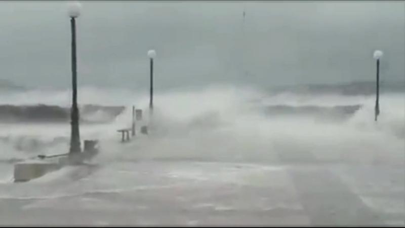 Средиземноморский тропический шторм Зорбас на юге Греции (29.09.18)