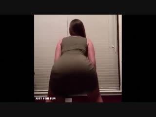 Долбит в попу кричающую блонду в пижаме и кончает внутрь[Секстрах all sex porn big tits Milf инцест порноЕбля.мать.czec