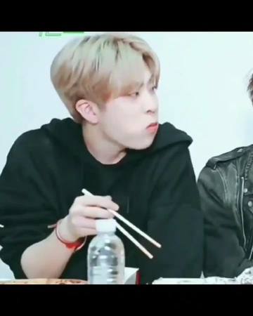 "GOT7 갓세븐 on Instagram ""อยากหม่ำยองเเจ เอ้ย!! อยากหม่ำกั"