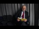 Журналіст Юрій Макаров читає вірш Михайля Семенка На місця