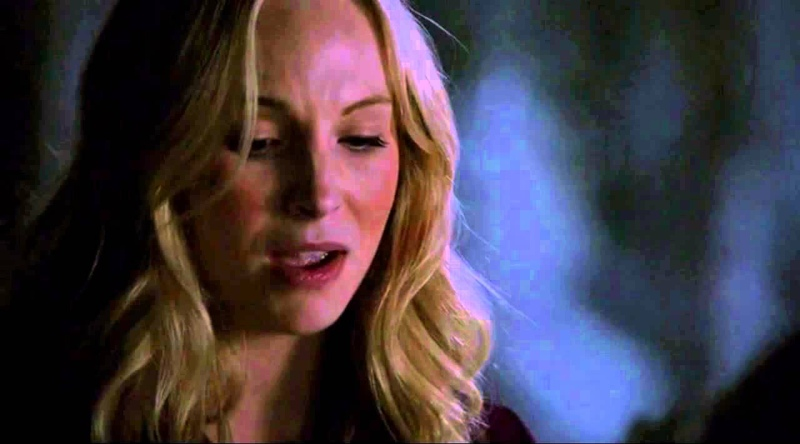 Caroline goes to her moms grave to tell her she's pregnant