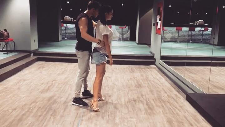 """Demet Özdemir on Instagram """"@onuralpsancaktar ✨ Ozaman dans 👊🏻"""""""