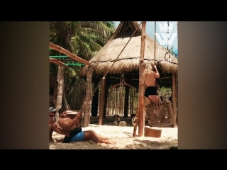 BODYBUILDING in Paradise - JUNGLE Muscle Beach