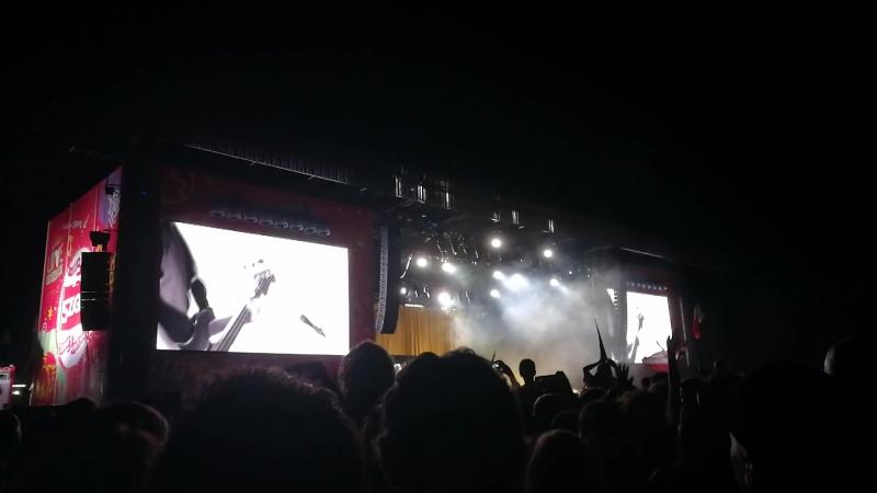 Arctic Monkeys I Bet You Look Good on the Dancefloor Sziget Budapest 14 08 18