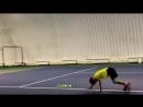 Юный теннисист Амир Хусаинов на разминке перед индивидуальной тренировкой у Латыпова Артура Рашитовича