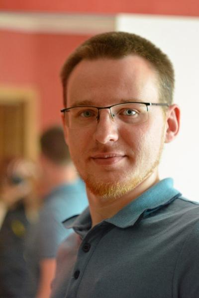 Артём Смирнов