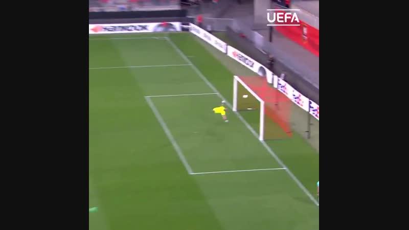 Вінгер київського Динамо Віктор Циганков забив гол у ворота Астани, який увійшов у число найкращих у груповому етапі Ліги Європи