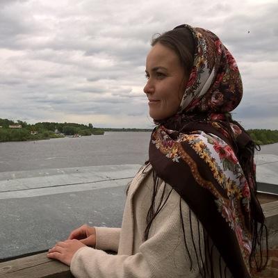 Катя Леушина