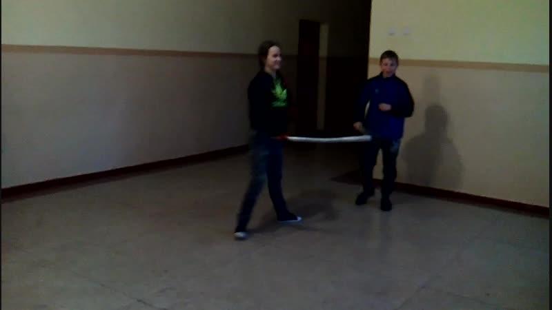 Фехтування на шаблях з учнем 108 школы Рубай шабля