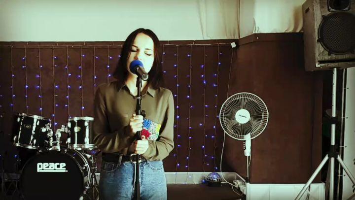 """влюблённая в сцену♡ on Instagram: """"💔💔💔 MALIKA- Танцы на стеклах (cover) . . . Песня, которая полностью описывает моё состояние в последнее время......"""