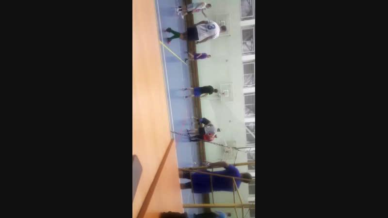 Андрюша волейболист :D
