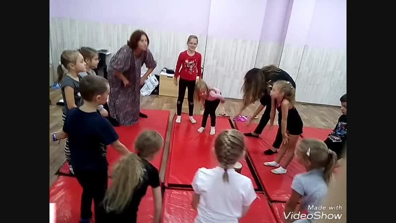 Вокальные занятия в театральной студии. Педагог Александра Румянцева . (7-12 лет 🎭🎵)