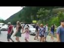 Преимущество раннего выезда☝🏻 Мы проезжаем места, где вот совсем недавно были наедине с дикой природой Абхазии 😊