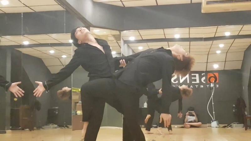 UNI5 | Tango - Quan trọng là thần thái | Lục Huy Cody