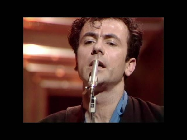 The Stranglers - Golden Brown (TOTP 1982)