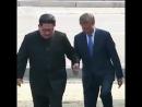 Лидеры Северной и Южной Кореи впервые встретились на границе между двумя странами
