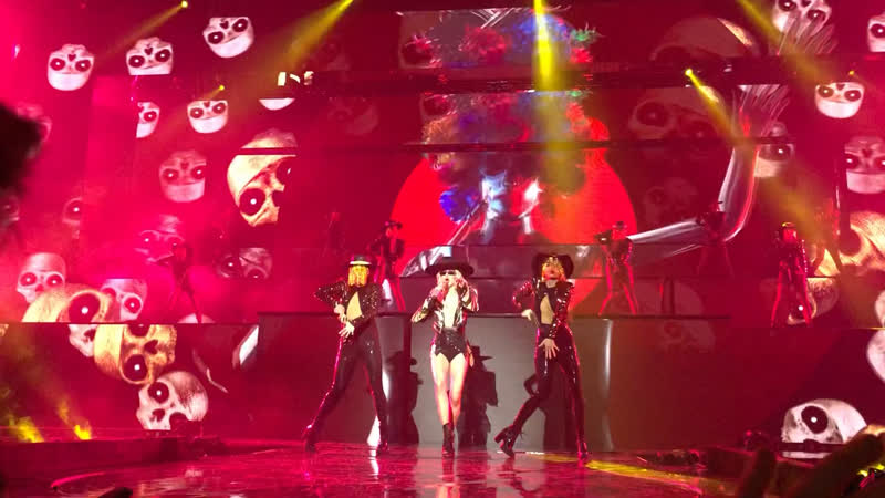 LOBODA Пуля дура NEW Superstar show