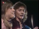 Suzi Quatro and Chris Norman perform Stumblin' In in 1978.