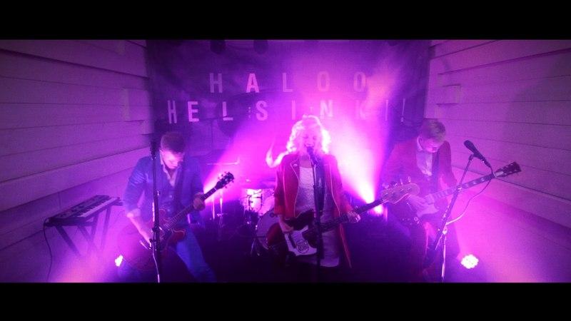 Haloo Helsinki!: Kiitos ei ole kirosana (livenä Nova Stagella)