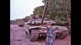 Российские БМД-2 и Т-90 на блокпосту возле Самсоновки