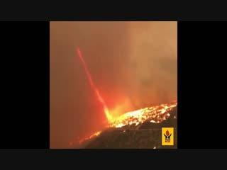 Огненный смерч в Западно-Капской провинции ( ЮАР, 3.11.2018)