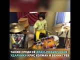 Этой девчушке всего восемь лет, но она уже так круто играет на барабанах