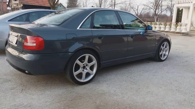 Audi a4 b5 2.6 v6 quattro sound