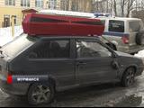 В Мурманске бывшему отловщику собак разбили машину и подарили гроб с венком