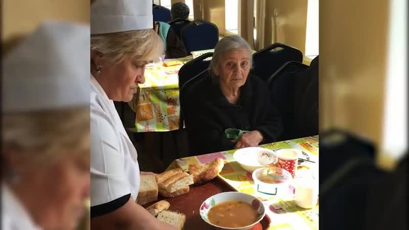 Лучше иметь сына или дочь? Статистика говорит, что в Армении родителей в дома престарелых чаще отправляют сыновья 🔵bit.