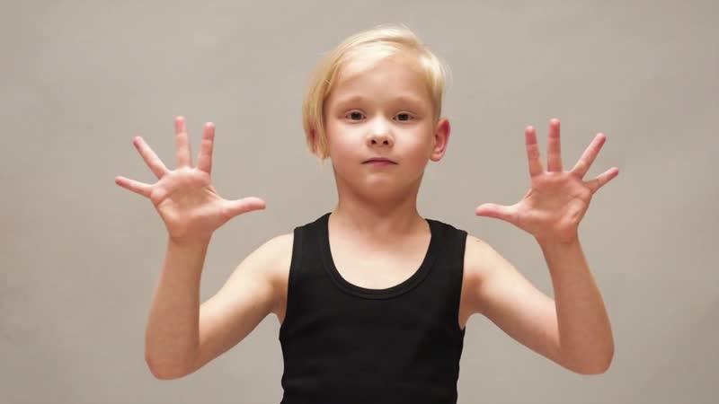 Vidieo_vizitkaKnyazev_Levleon Leo_Knyazev hunters_models video_vizitka kidsmodel modeling babymodelboymodelsblondin