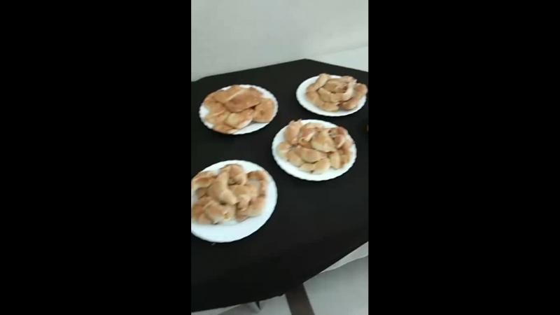 Губаха встречает пирогами