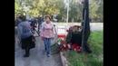 К месту трагедии в Керчи продолжат нести цветы свечи и игрушки