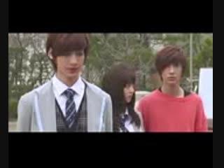 [v-s.mobi]заступился за девушку , друзья не оставили его одному BOYFRIEND Fighting scene Go Go ikemen satisfya.3gp
