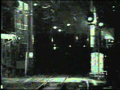 夜のプラ ツトホ-ム