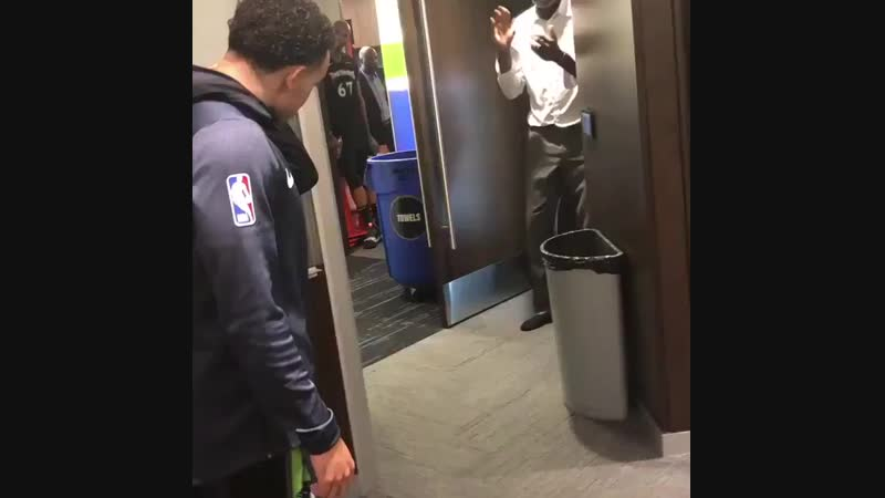 The Wolves locker room after D-Roses 50 point game NSFW