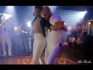 БУЙ-БУЙ` - Самая красивая танцевальная пара Ataca  La Alemanа