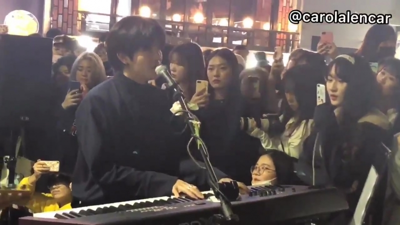 181015 The Rose Hongdae Busking Sorry Dojoon's focus therose 더로즈