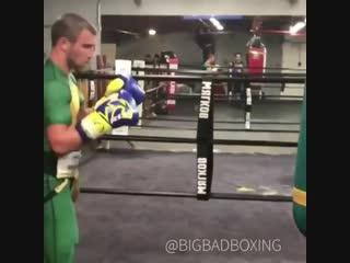 Василий Ломаченко продолжает свою подготовку к бою Хосе Педрасой.🥊