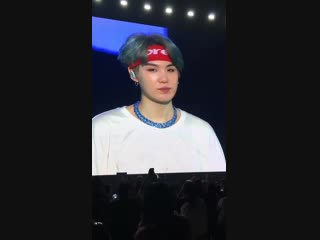 yoongi's necklace just called me a broke bitch