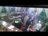 Новокузнецк В ночь с 26 на 27 июля в баре «Джамбул» застрелили местного криминального авторитета Александра Жестокова, который о