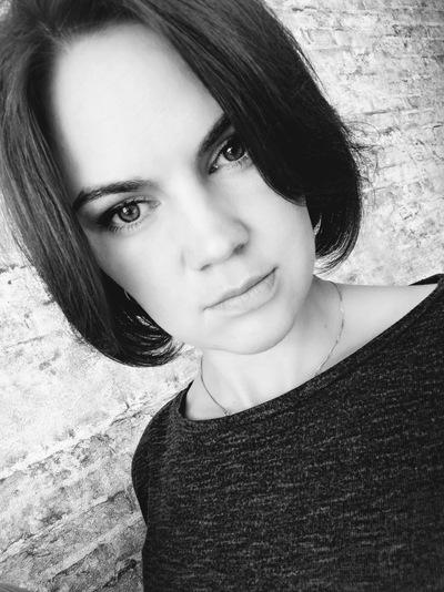 Елена Сухвалова