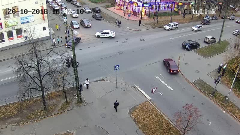 Красноармейская ул. - М. Горького ул. с Мой Дом [20-10-2018] 16.42-16.43