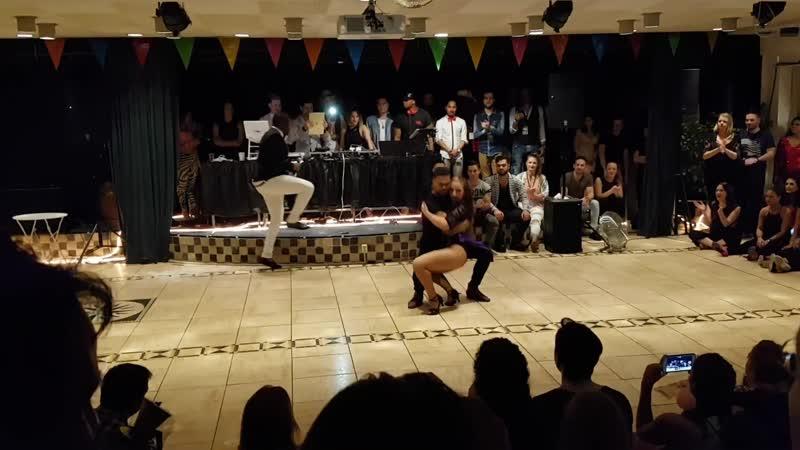 Junior Carolina ➤ Authentic Bachata ➤ La Cabaña - El Varon de la Bachata Crazy Lion Festival