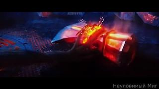 Тор создаёт Громобой (Stormbreaker)Помогали:Грут,Гном,Ракета. Мстители Война Бесконечности.2018.