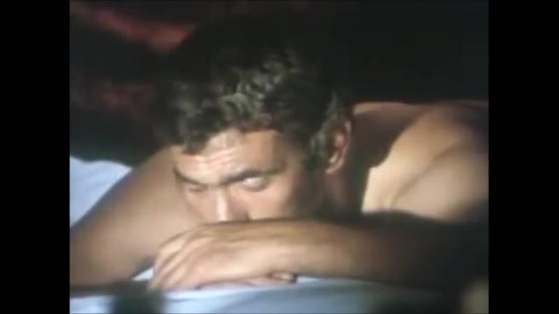 Yılmaz güney sosyetik güzel ahu tuğbay ile yatakta-nude scene
