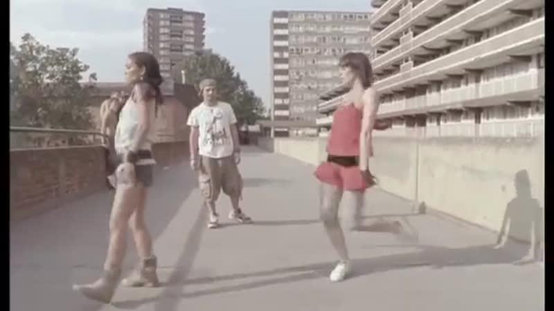 Love Dont Let Me Go (Official Music Video) - David Guetta feat. Chris Willis, 2002.