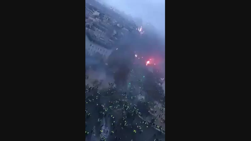 Footage from Paris today. You wont see this on Mainstream media. Globalism is dead in France. - -.mp4