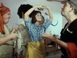Танцуют все - 2 (микс танцев из советских фильмов).
