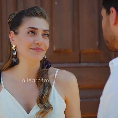 """Erkenci kuş on Instagram: """"Надеюсь они будут вместе💞 Кто у меня ещё болеет за эту пару?🔥 • Сериал: Erkencı kuş/Ранняя пташка ————— Берете видео,отм » Freewka.com - Смотреть онлайн в хорощем качестве"""